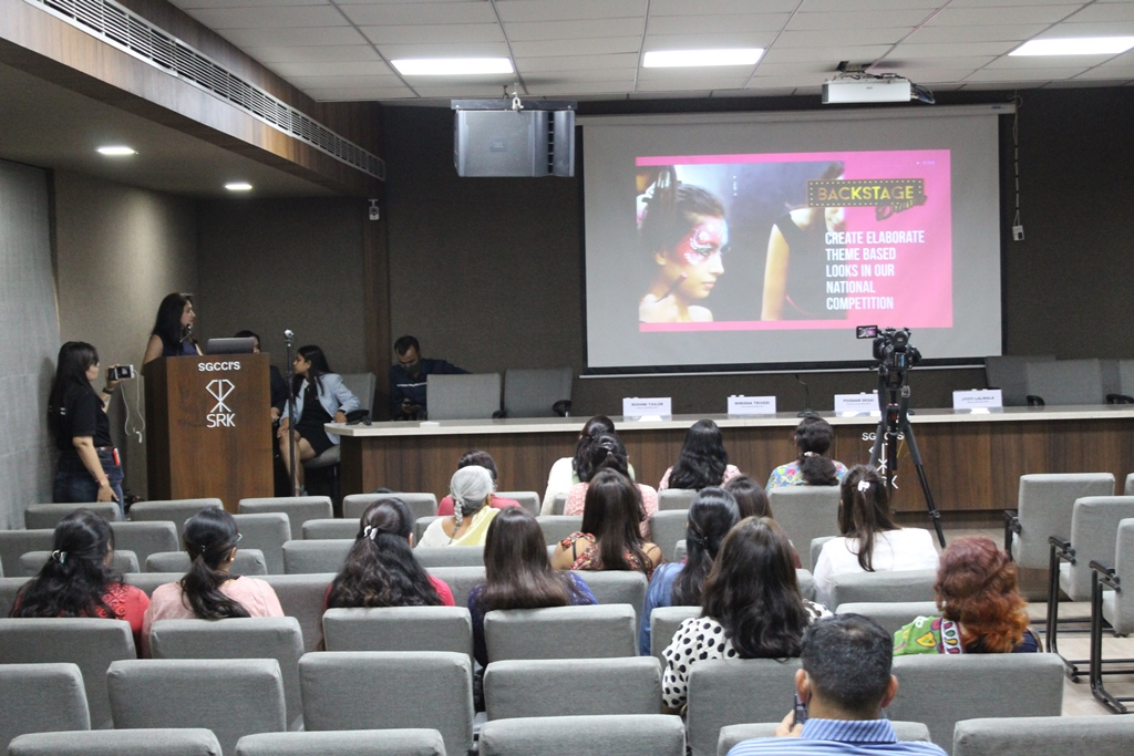 Session on Career in Beauty Industry towards Women Empowerment by Lakme Academy (Nimisha Trivedi) 20